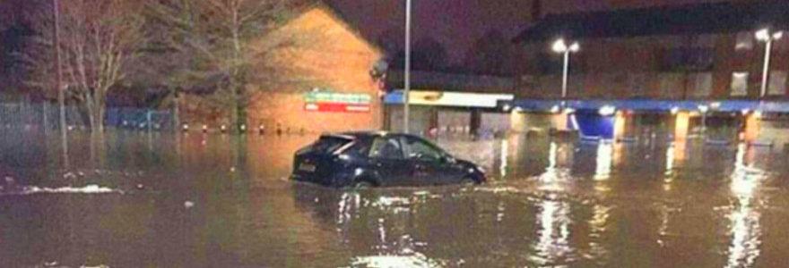 KCOM fined £900,000 for 999 Storm Eva fails 1
