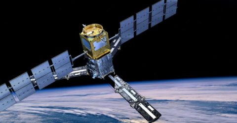 SpaceX wants to launch 4,425 satellites for gigabit broadband