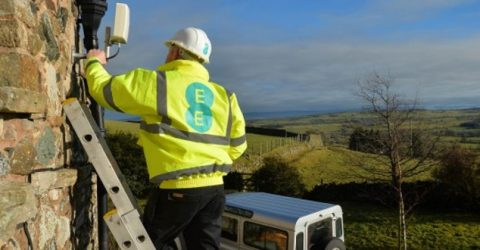 EE turn on 4G home broadband cells – solving slow rural internet?