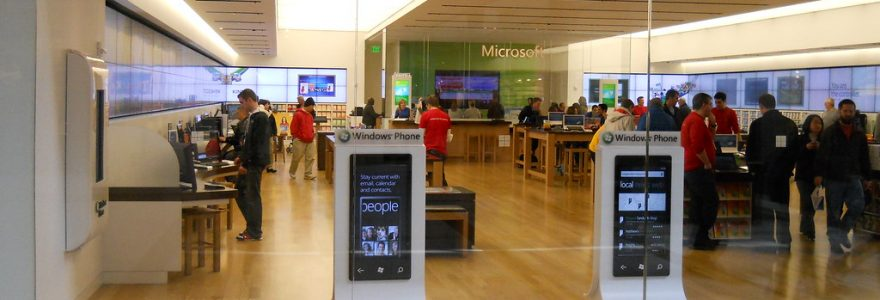 Microsoft to open its first store in the UK